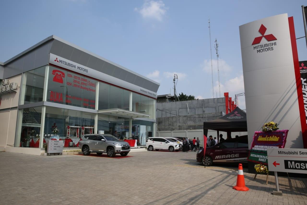 Hadir Semakin Dekat dengan Konsumen, Mitsubishi Motors Resmikan  Diler Kendaraan Penumpang ke-118