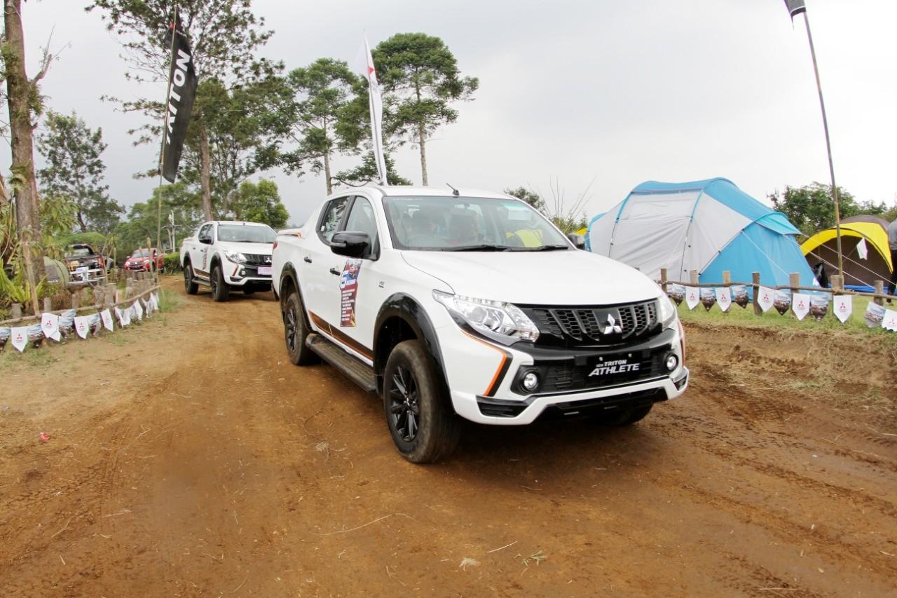 Mitsubishi Triton Athlete Semarakkan HUT DCAB-ID ke-11
