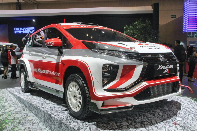 Rifat Sungkar dan MMKSI Perkenalkan XPANDER Rally Team