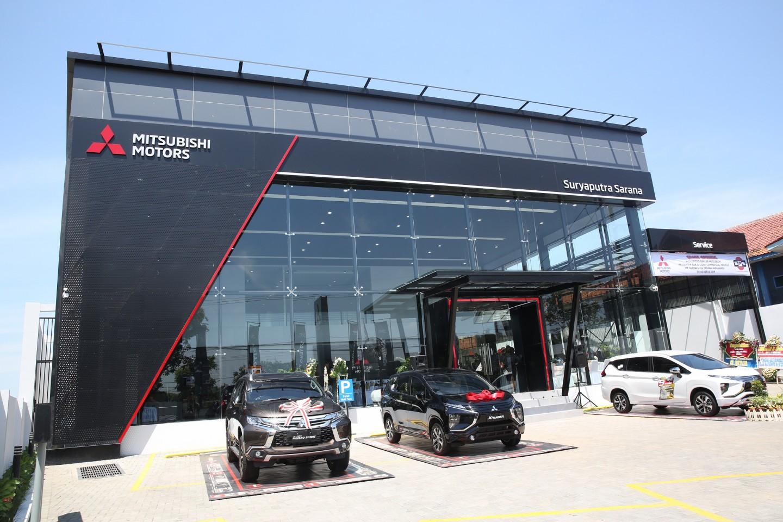 Mitsubishi Motors Resmikan Dealer Kendaraan Penumpang Pertama di Indramayu