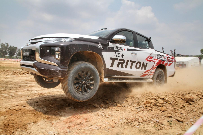 Sambangi Pekanbaru, Mitsubishi Motors Berikan Masyarakat Kesempatan Mengenal New TRITON di Medan Off-Road