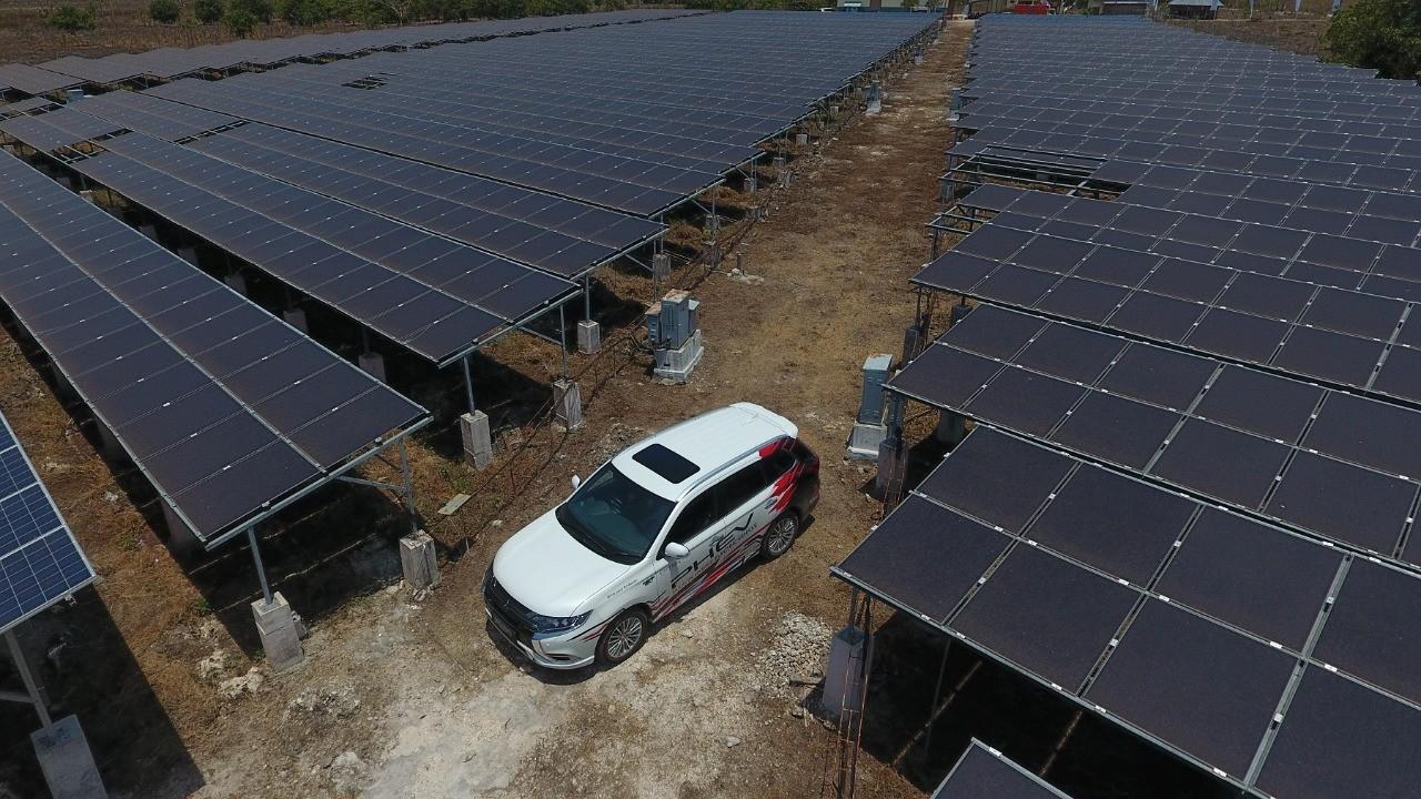 Mitsubishi Motors Bersama BPPT Kembangkan Energi Panel Surya di Pulau Sumba