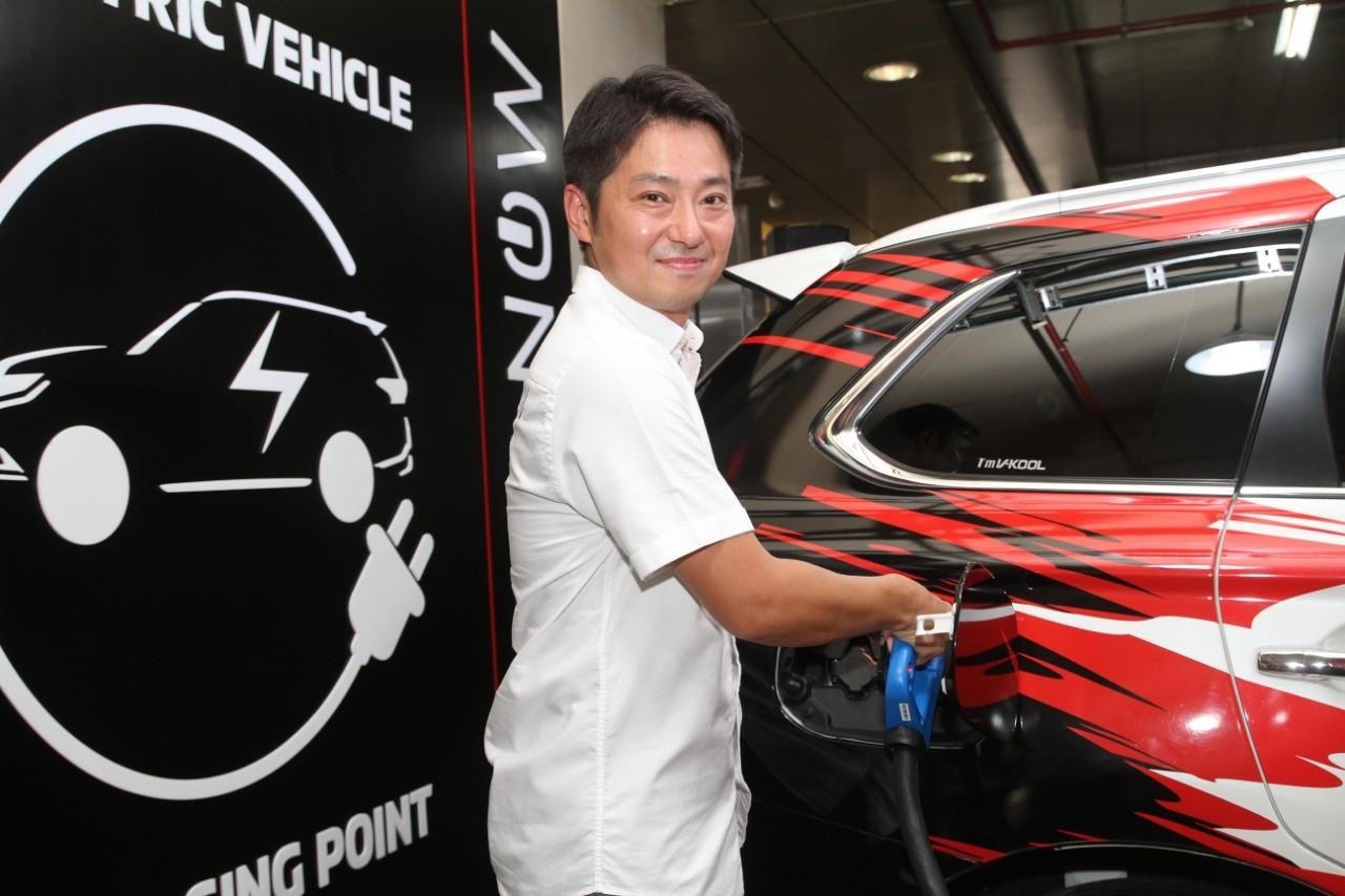 Mitsubishi Sediakan Pengisian Daya Cepat Bagi Mobil Listrik di Plaza Senayan