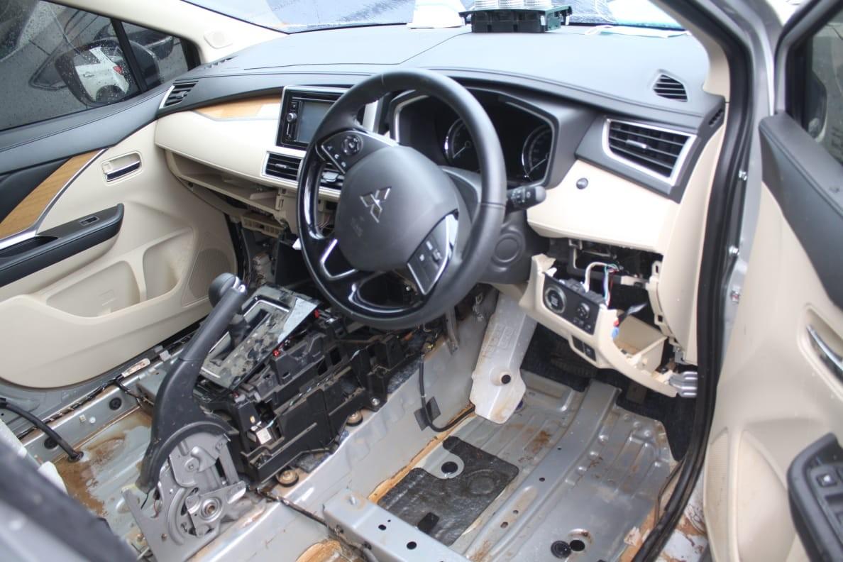 Cara Bersihkan Kabin Mobil Setelah Terendam Banjir