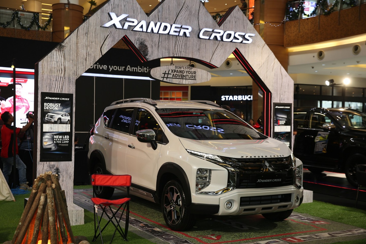 Program Mitsubishi Motors Auto Show Raih Penghargaan Best Field Activation