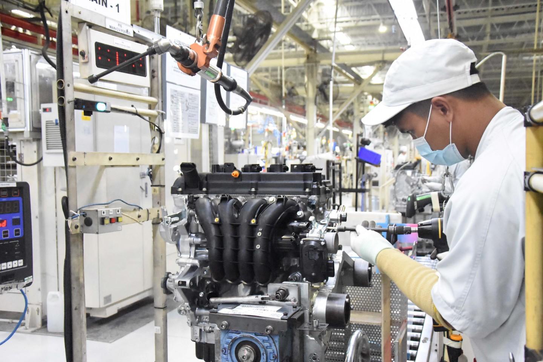 MMKI Mengumumkan Dimulainya Produksi Mesin Mitsubishi XPANDER