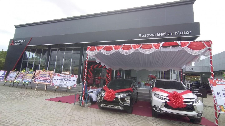 Mitsubishi Motors Resmikan Diler Kendaraan Penumpang Pertama di Papua