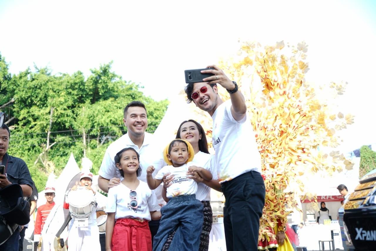 Kebahagiaan Bersama Mitsubishi Xpander Berlanjut ke Kota Surabaya