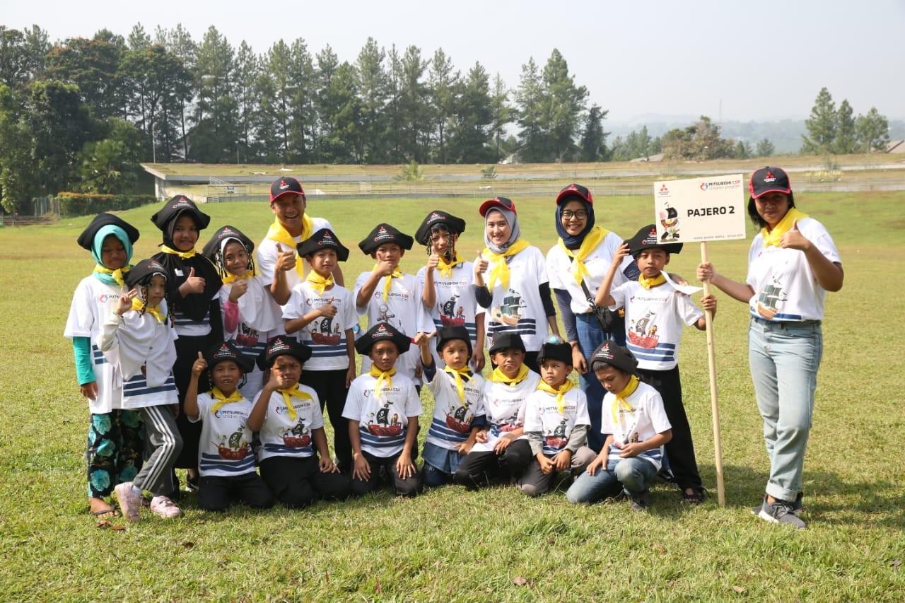 Bermain & Belajar Bersama di Mitsubishi Children Program