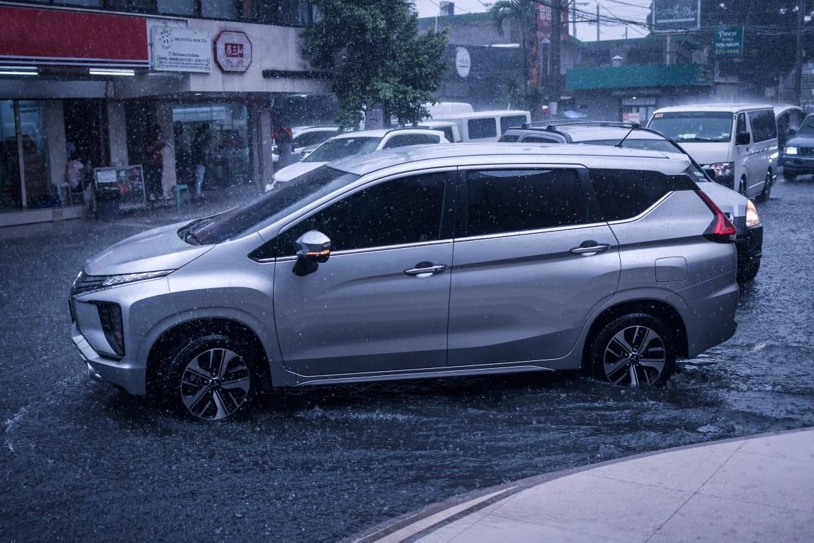 Pengecekan Kendaraan dan Persiapan Berkendara Saat Musim Hujan