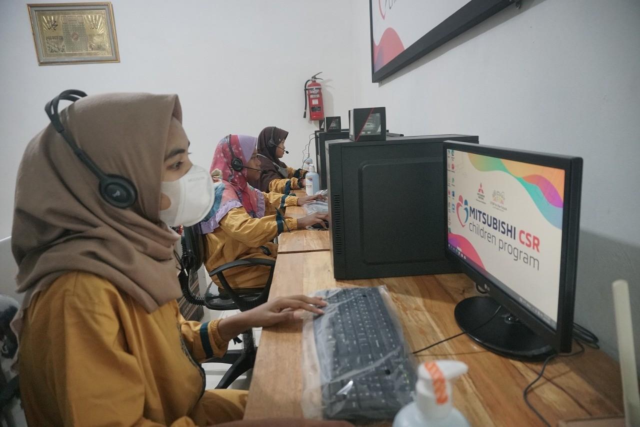 MMKSI Kembali Tunjang Pembelajaran Jarak Jauh Melalui Mitsubishi CSR Children Program (MCP)