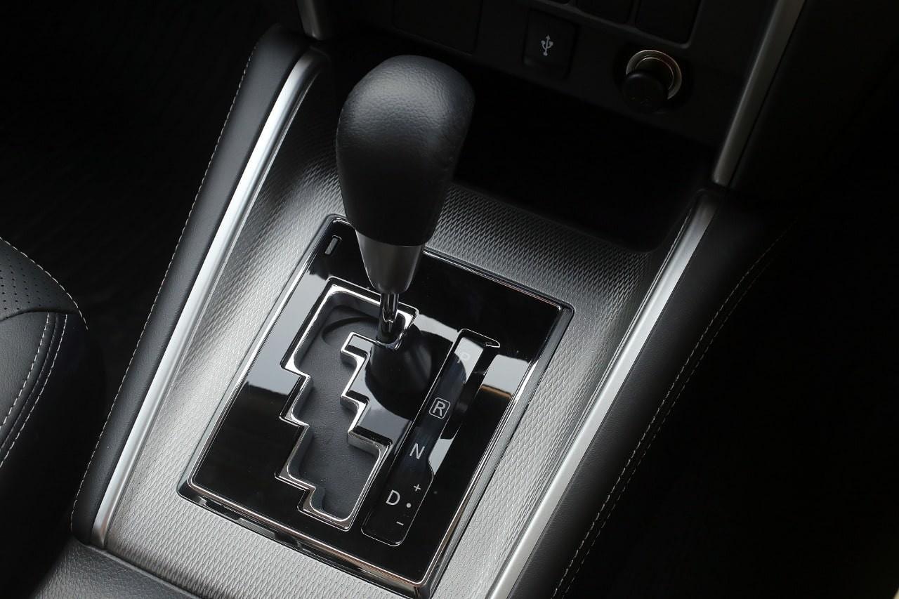 Mitos atau Fakta, Mobil Matik Bisa Tidak Sengaja Pindah dari Posisi D ke R?